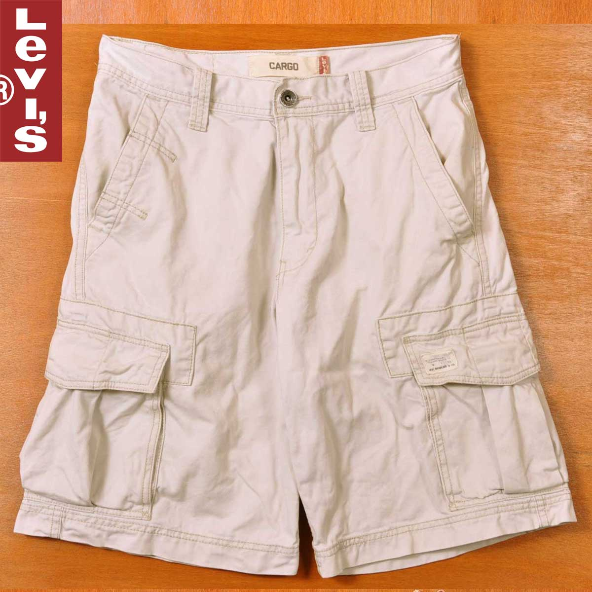 035681a2 Levi's Levis 6 pocket half underwear cargo shorts off-white system W30  equivalency▽ ...