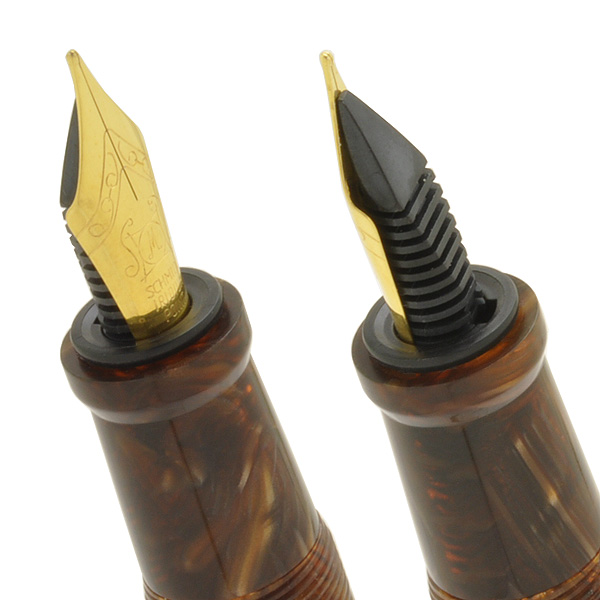 Pent Fountain pen by Onishi-seisakusho Acetate Golden Slumbers