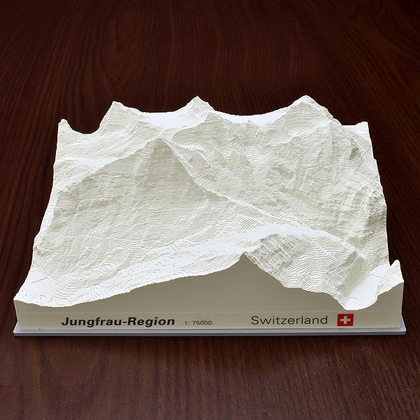 レリオラマ アイガー・メンヒ・ユングフラウ スイス製精密山岳模型 3510 ホワイト 【 プレゼント ギフト 】【ペンハウス】 (8300)