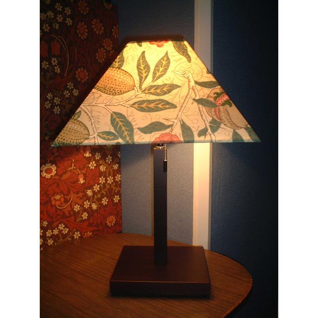 ウィリアム・モリス 照明器具 木製スタンド(シングルタイプ) SRM-FB-W フルーツベージュ【 プレゼント ギフト 】【ペンハウス】 (55000)