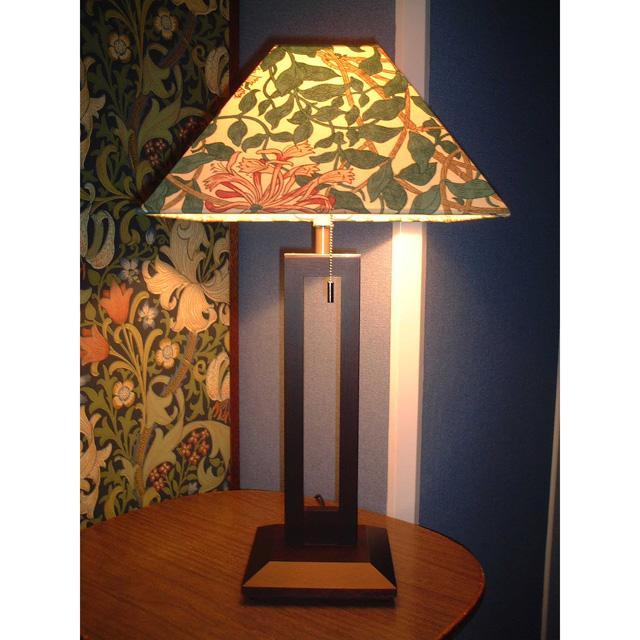 ウィリアム・モリス 照明器具 木製スタンド(ツインタイプ) SRM-HB-TW ハニーサックルベージュ【送料無料・ラッピング無料】【 プレゼント ギフト 】【万年筆・ボールペンのペンハウス】 (64000)