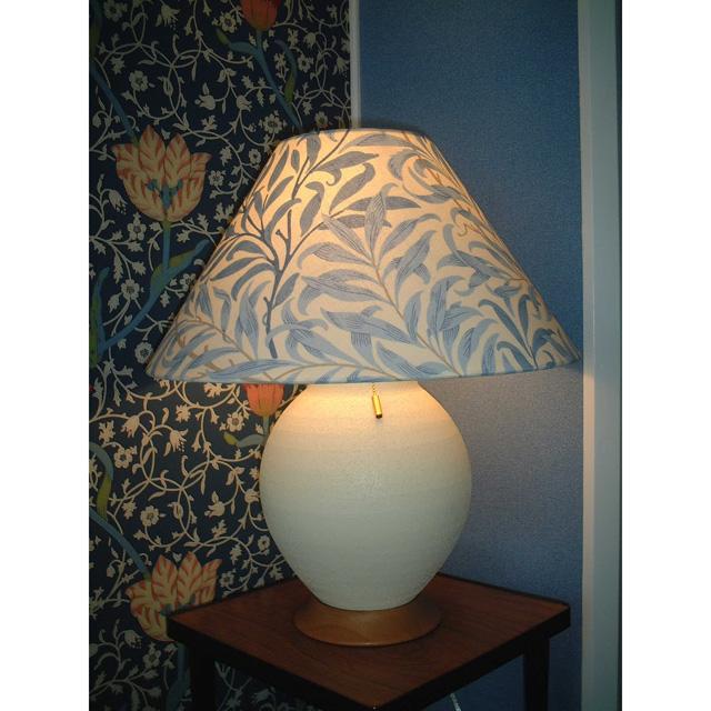 ウィリアム・モリス 照明器具 陶器製スタンド SRM-WB-E ウイローボウブルー【 プレゼント ギフト 】【ペンハウス】 (70000)