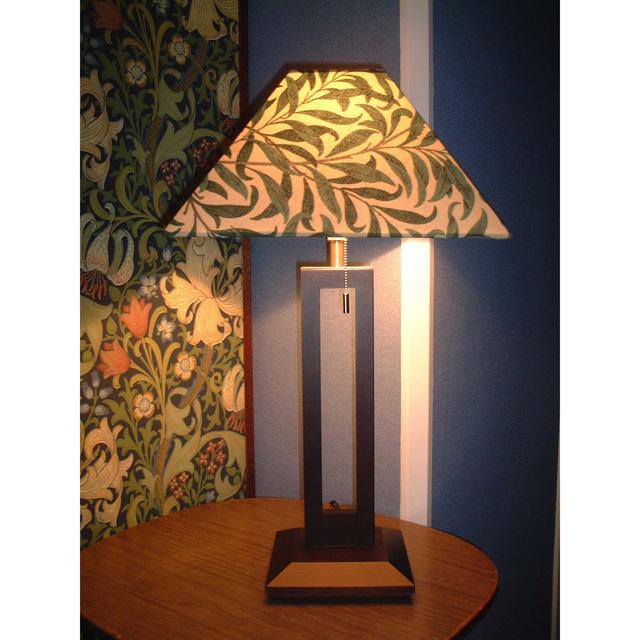 ウィリアム・モリス 照明器具 木製スタンド(ツインタイプ) SRM-WD-TW ウイローボウダークグリーン【 プレゼント ギフト 】【ペンハウス】 (64000)