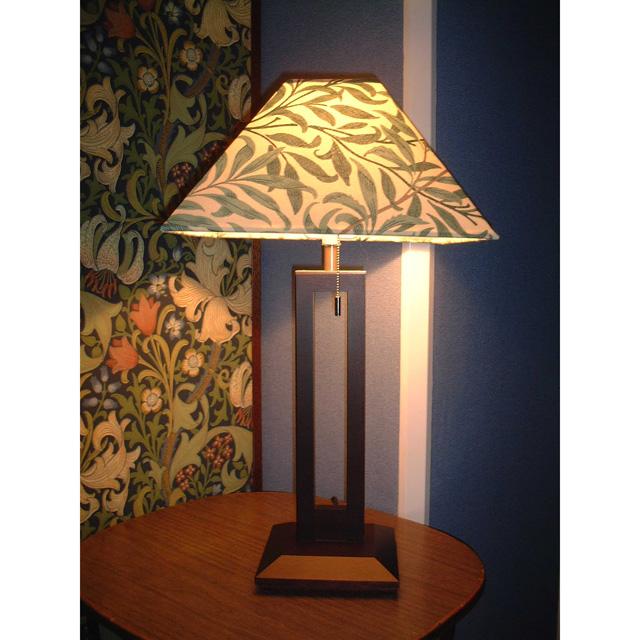 ウィリアム・モリス 照明器具 木製スタンド(ツインタイプ) SRM-WG-TW ウイローボウグリーン【送料無料・ラッピング無料】【 プレゼント ギフト 】【万年筆・ボールペンのペンハウス】 (64000)