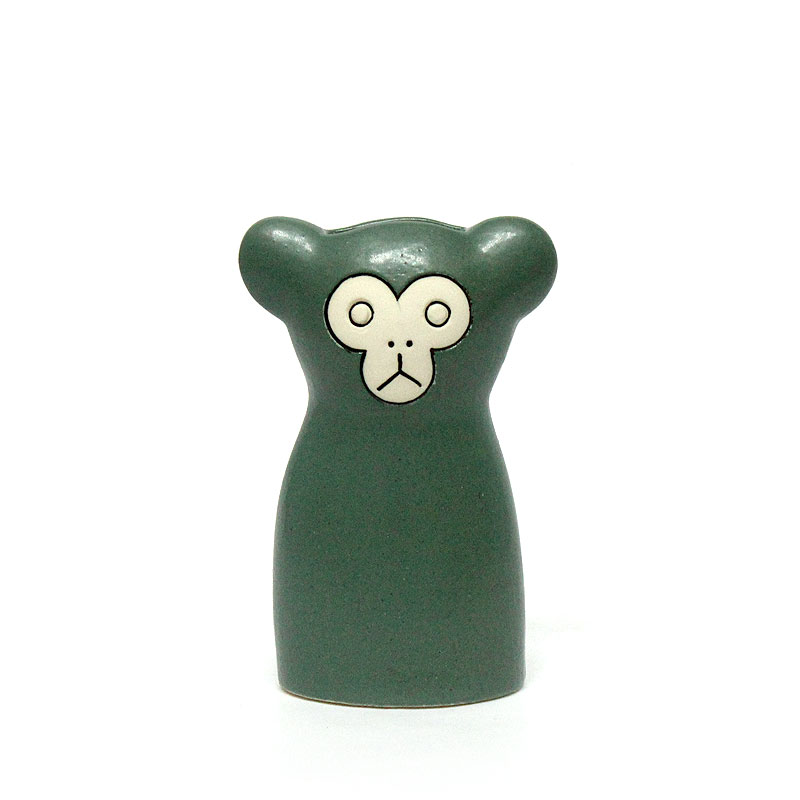 Monkey モンキー / Green / 鹿児島 睦 / Keramikstudion / En Liten Van 小さな友達 / 花器 フラワーベース 一輪挿し 花瓶 オブジェ 置物 猿 さる 緑色 みどり グリーン かごしままこと