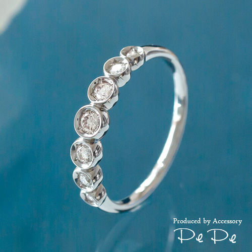 プラチナ900 ダイヤモンド合計0.25ct リング[4211140204]