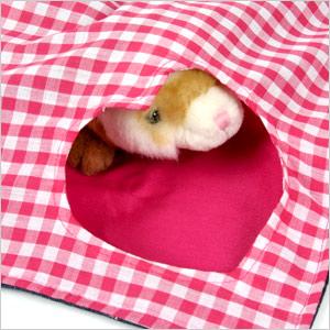Gingham heart hammock