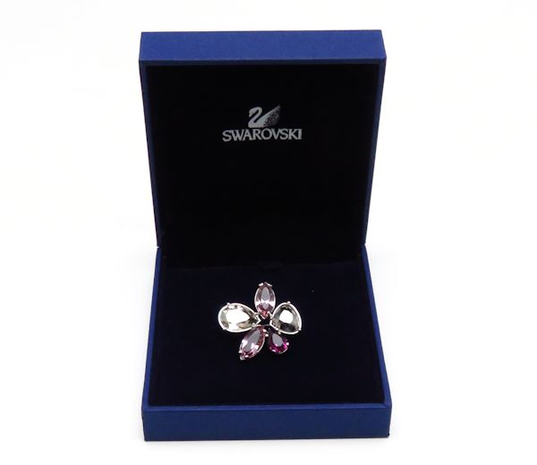 SWAROVSKI Silver Plated Flower Motif Brooch Crystal Purple Color /95259