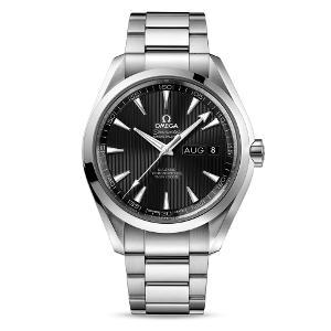 新品 即日発送可 オメガ シーマスター アクアテラ アニュアルカレンダー 自動巻き 時計 メンズ 腕時計 231.10.43.22.01.002