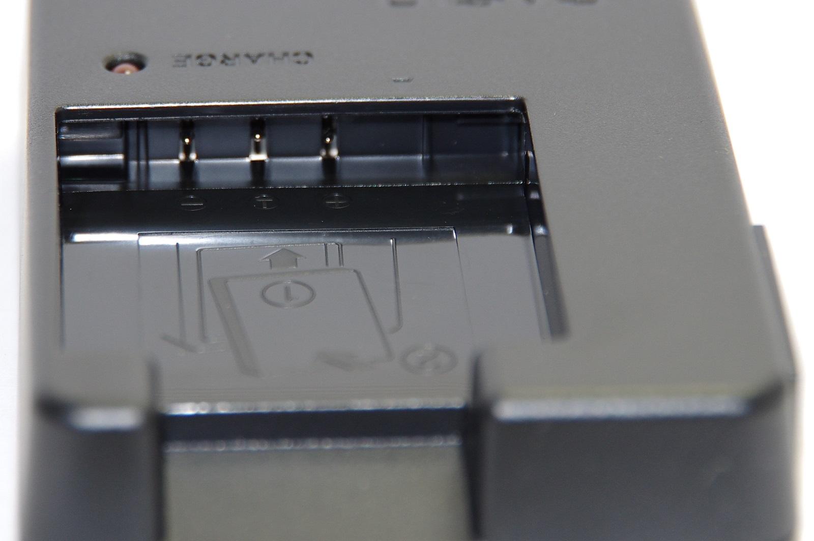 CASIO カシオ BC-60L 純正(NP-60用充電器・バッテリーチャージャー)BC60L