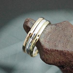 シンプルなデイリーピンキーリングが使いやすい ピンキーリング 指輪 小指 中央に膨らみをつけたさりげないシンプルデザイン レディース 5号 シルバー 3号 ピンクゴールド ゴールド 業界No.1 驚きの値段で