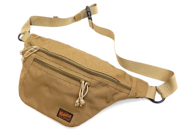 Pine-Avenue Clothes shop  TOYS McCOY Men s Casual Sling Bag ... c1a4597726231