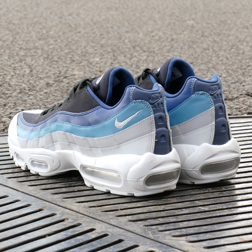 ee7d4560d2 nike air max 95 obsidian black; the classic kie ney amax 95 essential  reflecting the image of running adopts an overlay of