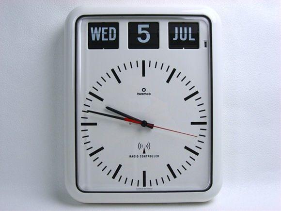 【送料無料】『電波クロック』 インテリア小物 置物 時計 掛け時計 壁掛け時計 掛時計 壁掛時計 新生活 電波 電波時計 インテリア ラジオクロック カレンダークロック ウォールクロック 時計・壁(ウォールナット) RC-12B