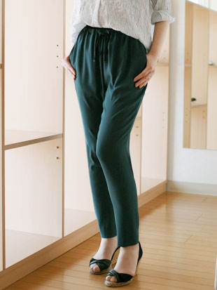 【 SALE 】 IPSE(イプセ)ジョーゼット テーパード パンツ