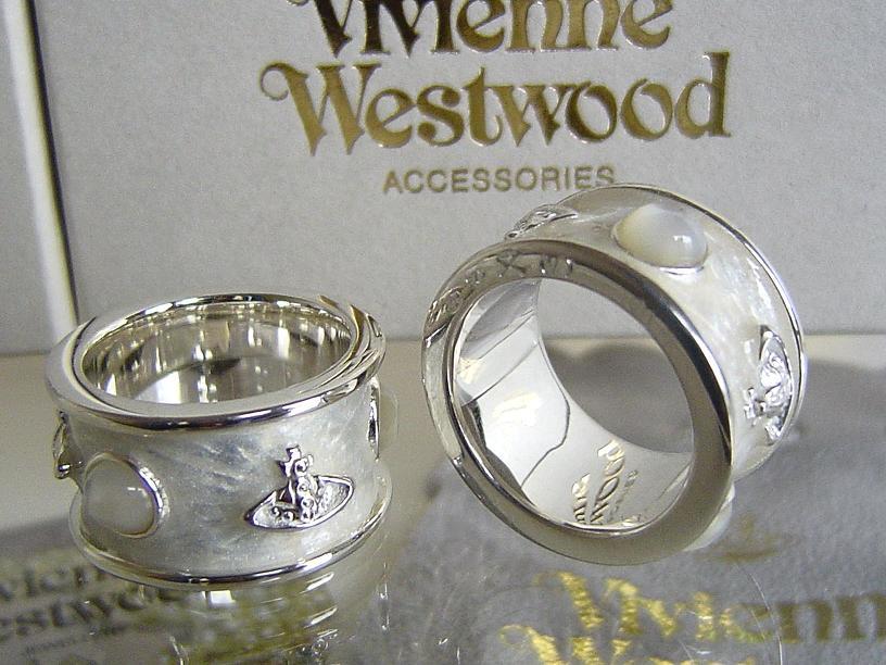 ◆Vivienne Westwood◆维维恩维斯特伍德★King Ring大王环SV925(银子)