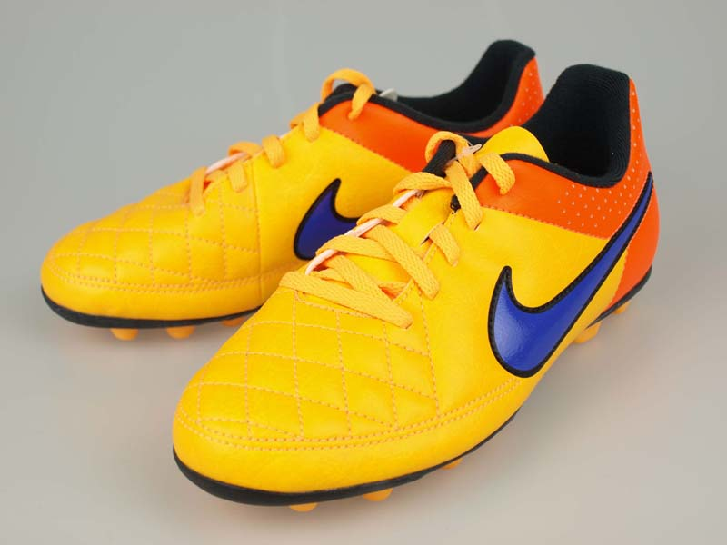 29df0160b180 Soccer junior spike NIKE Junior Tiempo Rio II FG-R laser orange / black ...