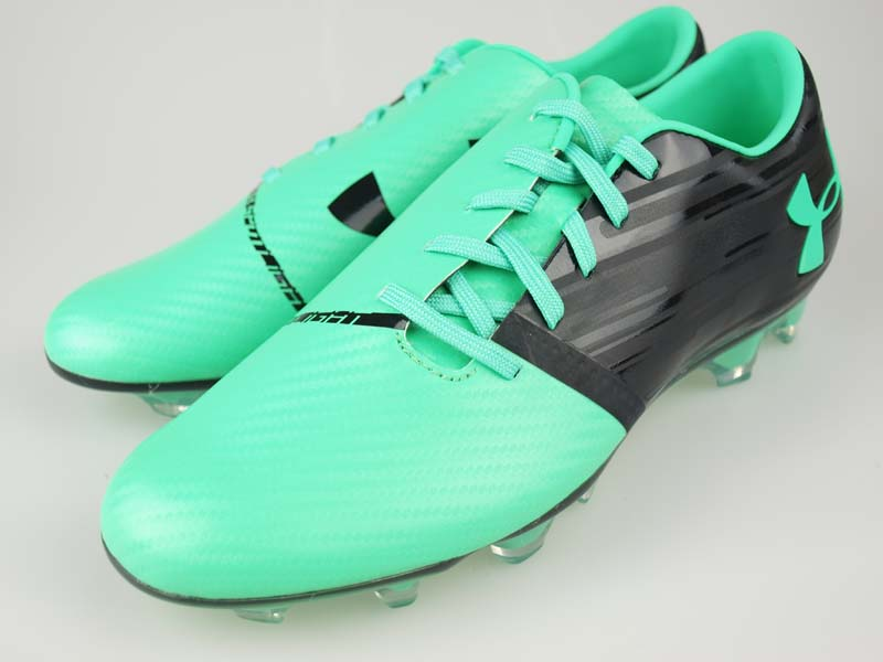 soccer cleats under armour