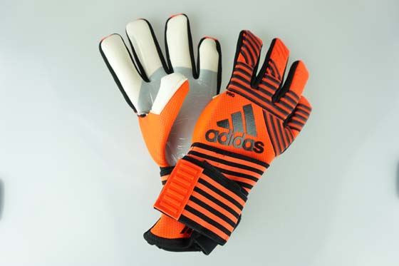 sports shoes 3d032 98a1a Soccer futsal goalkeeper glove Adidas ace trance pro solar red / core black  / onyx BS4110