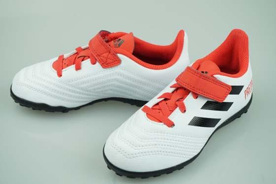 48e1d29bb230 Soccer Pro-Shop Players  Soccer turf training shoes Adidas predator ...