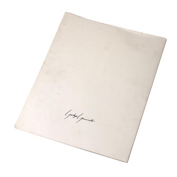 山本耀倒洪姆司設計山本倒洪姆 1988年-89 的圖冊