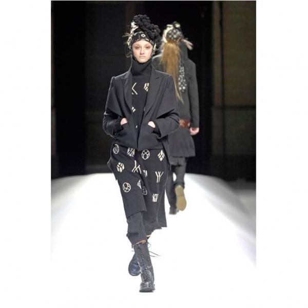 ヨウジヤマモト ファムYohji Yamamoto FEMME ウールアルパカ裾デザインクロップドパンツ 黒2【中古】 【レディース】