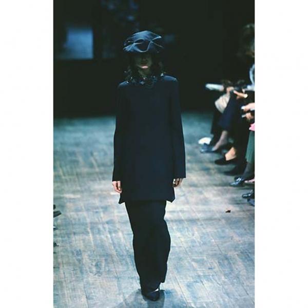 【SALE】ヨウジヤマモトファムYohji Yamamoto FEMME ウールミニマムデザインハーフコート 黒S【中古】 【レディース】