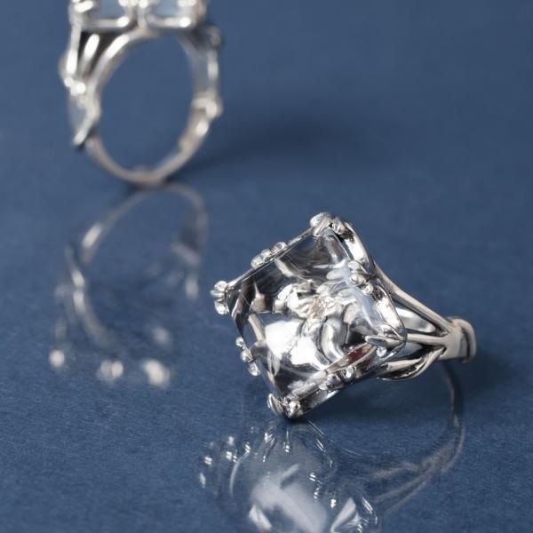 【受注商品】ウズオウUZUOU シルバー925クリスタルinダイヤモンドデザインリング シルバー7号~17号