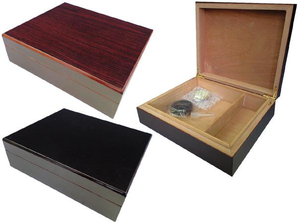 喫煙具・シガーヒュミドール 春山商事 シガーヒュミドール HL111/B ブラック(コロナ25本用)