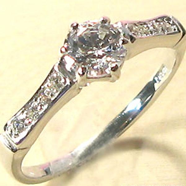 8/25限定ダイヤモンドリング 18金 婚約指輪 エンゲージリング