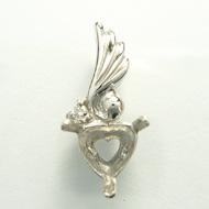 18金 ペンダント ハート 天使の羽がついたペンダント