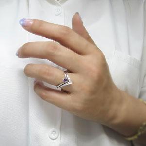 誕生石 Vラインリング 18金 婚約指輪 リングhQdCxtsr