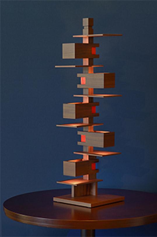 Frank Lloyd Wright(フランク・ロイド・ライト)「TALIESIN 3 (タリアセン3)」ウォルナット照明器具フロアライトインテリア送料無料インテリアシリアルナンバー現代に蘇ったF.L.Wの名作