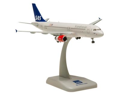 hogan Wings(ホーガンウイングス) 1/200 エアバス A320 SAS スカンジナビア航空