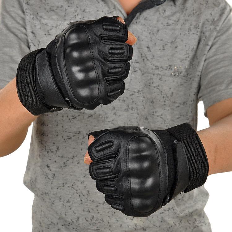 手袋 トレーニンググローブ パンチンググローブ サバイバル ウエイト フィットネス フィンガーレスグローブ 指なし手袋 フェイクレザー マジックテープ 滑り止め付き 男女兼用 ユニセックス 速乾 速干 スポーツグローブ ショートグローブ 半指 ハーフフィ