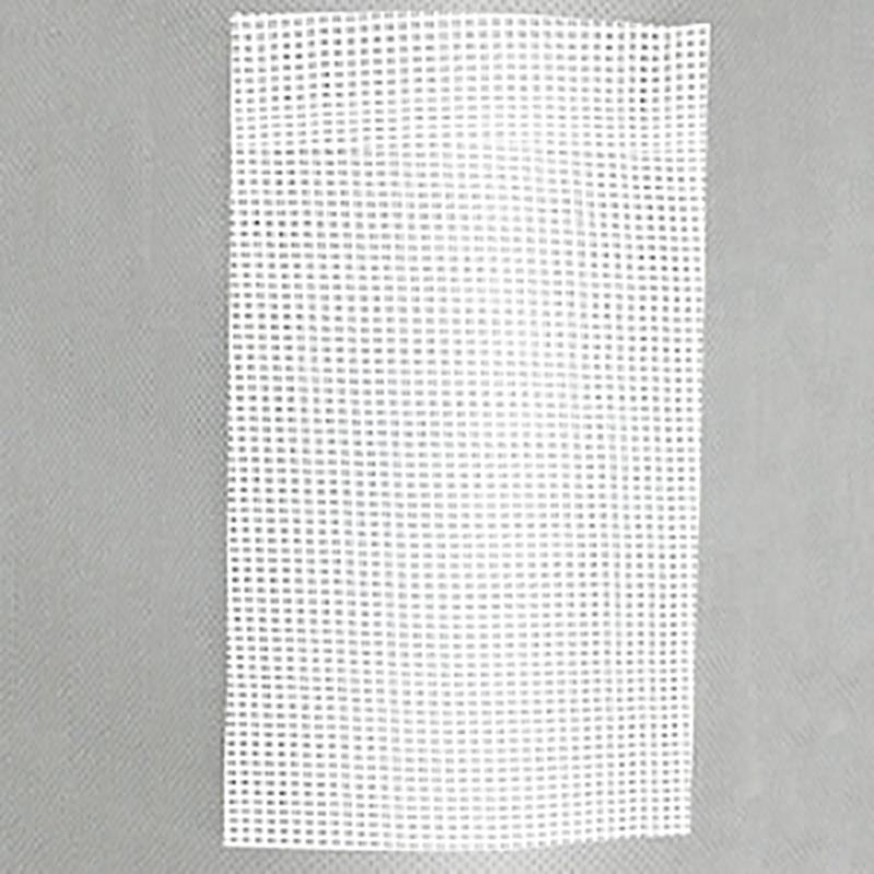 【3本】 【ロール】 ハウス用 遮熱・遮光ネット 涼感ホワイト50 遮光率45%~50% 2.1m×100m タキイ 暑さ対策 可視光透過 タ種 【代引不可】