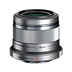 【送料無料】OLYMPUS ET-M4518 マイクロフォーサーズ用 M.ZUIKO DIGITAL 45mm F1.8 (シルバー)【在庫目安:お取り寄せ】| カメラ 単焦点レンズ 交換レンズ レンズ 単焦点 交換 マウント ボケ