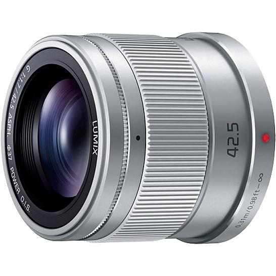 【送料無料】Panasonic H-HS043-S デジタル一眼カメラ用交換レンズ LUMIX G 42.5mm/ F1.7 ASPH./ POWER O.I.S. (シルバー)【在庫目安:お取り寄せ】| カメラ 単焦点レンズ 交換レンズ レンズ 単焦点 交換 マウント ボケ