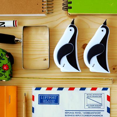 修正テープ ペンギン