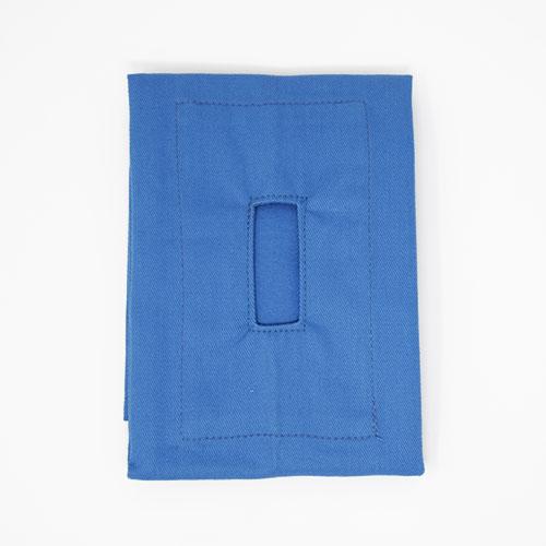 獣医科の先生方のニーズに特化した規格バリエーション 布(かつらぎ)ドレープ 穴 カラー: 青 布サイズ: 45×45cm 口穴サイズ: 2×5cm