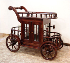 馬車型木製ワゴン