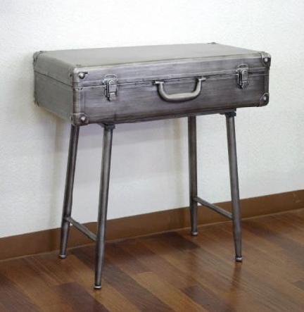 トランクテーブル