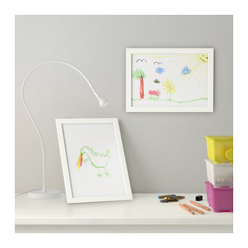 A4サイズにぴったり、シンプルフレーム 【IKEA Original】FISKBO -フィスクボー- 写真フレーム フォトフレーム A4サイズ ホワイト 21x30 cm