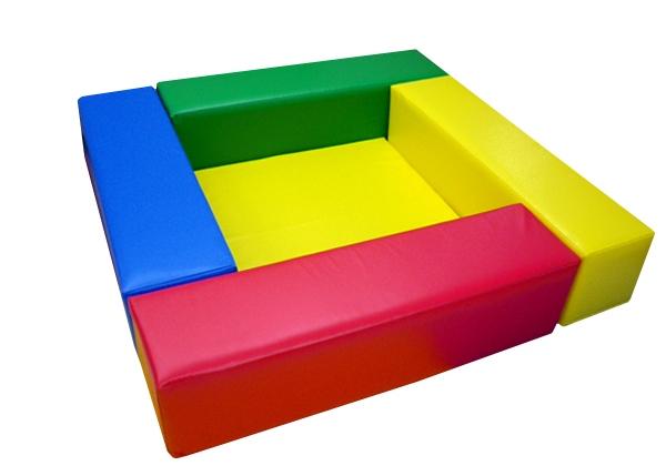 キッズコーナー1.3m×1.3m 選べる20色 ショールームにぴったり。