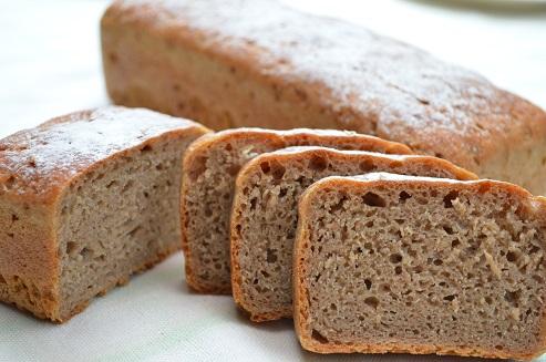 即納 ライ麦全粒粉100%だけでつくった 安い 激安 プチプラ 高品質 どっしり重いパン ライ麦全粒100%パン