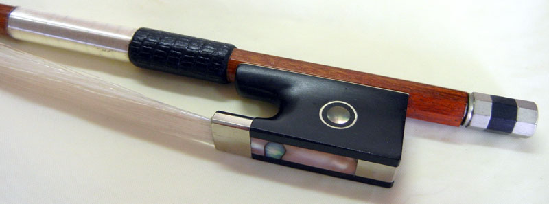 【ワゴンセール】バイオリン弓 ヘルナンブコ材 丸弓 1/8サイズ