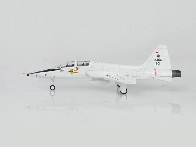 ホビーマスター 1/72 T-38 タロン NASAアメリカ航空宇宙局 901 完成品 艦船・飛行機 HA5405