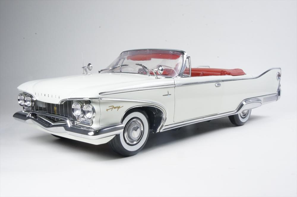 サンスター1/18 プリムス フューリー オープン コンバーチブル 1960 オイスター ホワイト 完成品ミニカー 5403