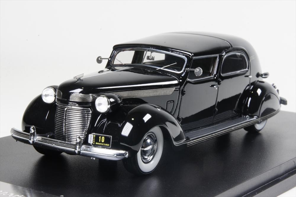 ネオ1/43 クライスラー インペリアル C-15 ル・バロン タウンカー 1937 ブラック 完成品ミニカー NEO46766