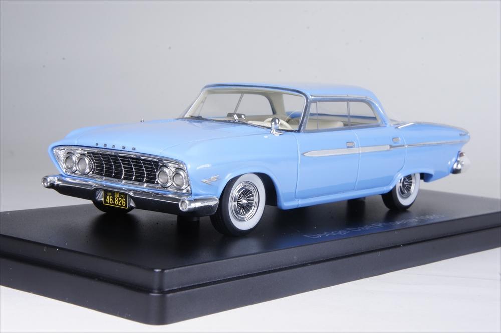 ネオ1/43 ダッジ ダート フェニックス 1961 ライトブルー 完成品ミニカー NEO46826